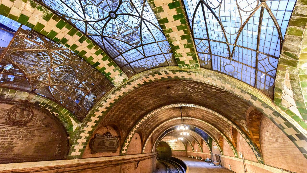 Don't miss out on a tour of the abandoned subway system that is Old City Hall in NY.