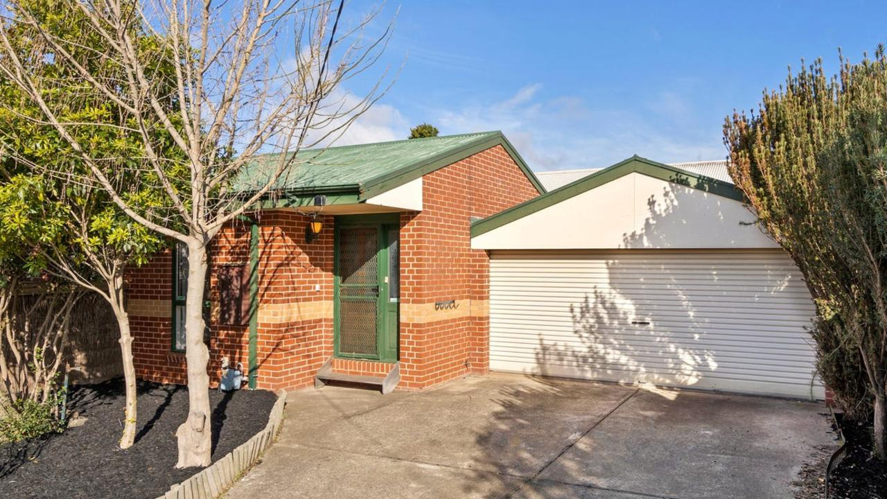 1 Wimmera St, Belmont, sold for $679,000.