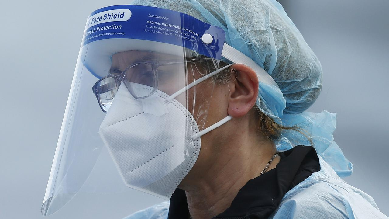 MELBOURNE, AUSTRALIA - NewsWire Photos SEPTEMBER 18, 2020:   Health workers are seen in full PPE at a pop-up COVID19 test site in Clyde, Melbourne, Victoria. Picture: NCA NewsWire / Daniel Pockett