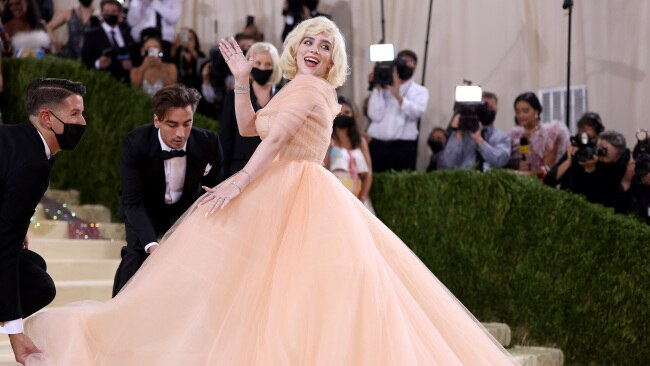 Billie Eilish wore a stunning Oscar de la Renta ballgown on the conditon the designer brand stopped producing animal fur products. Picture: John Shearer/WireImage