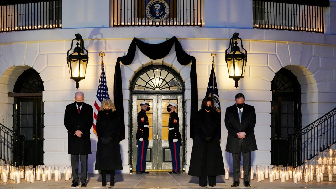Biden leads minute of silence for more than 500,000 COVID victims