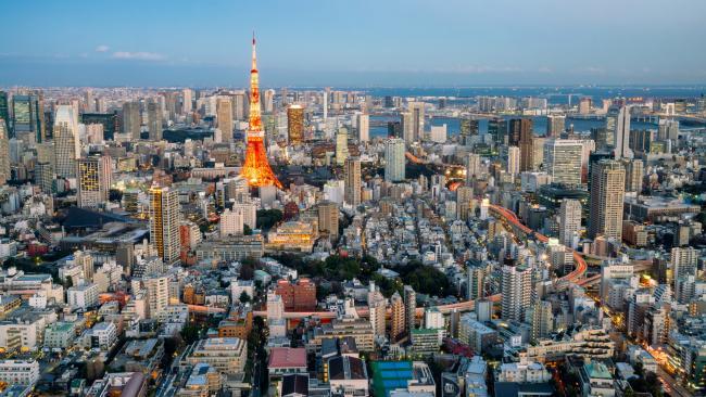 Illuminated Tokyo city view from Roppongi hills.