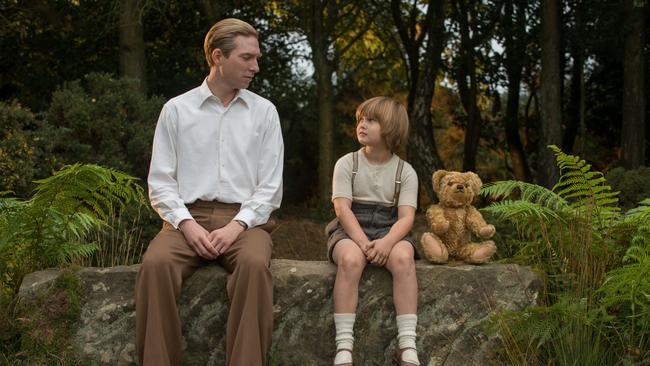 Domhnall Gleeson as Alan Milne and Will Tilston as Christopher Robin.