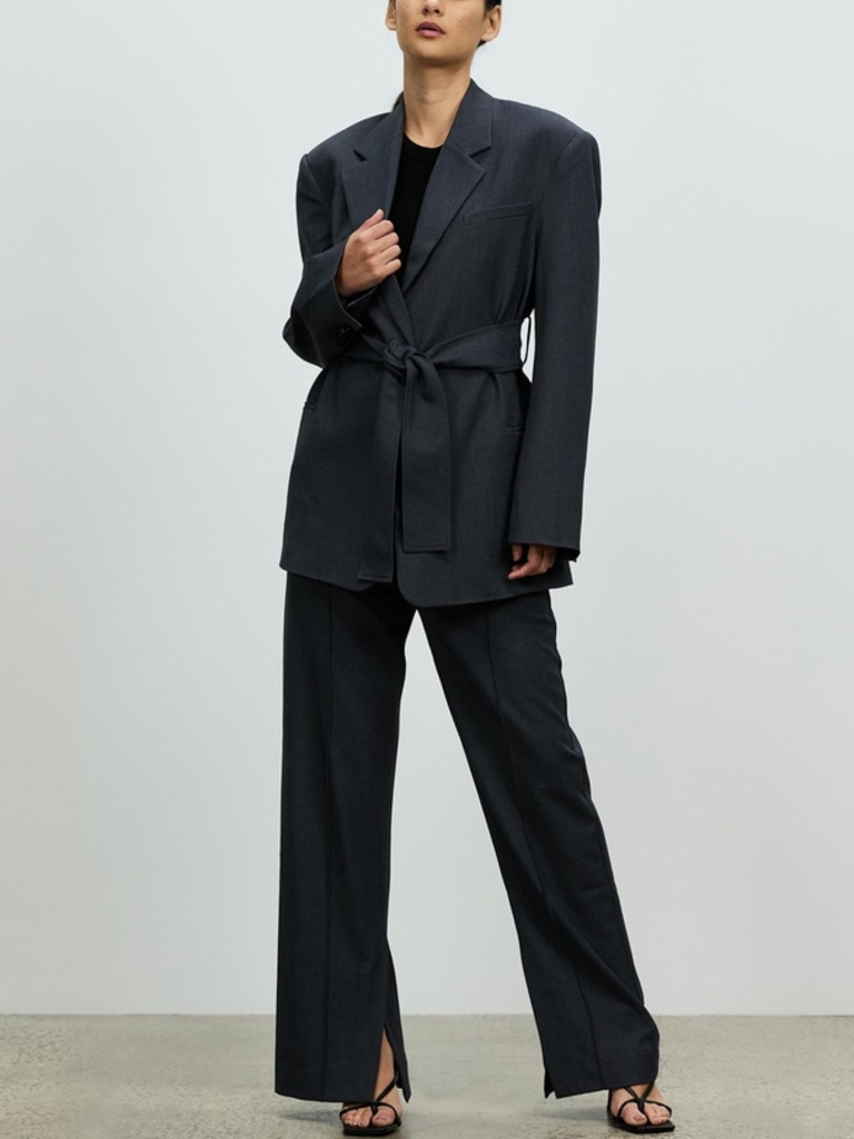 Camilla and Marc Puelo Blazer. Image: THE ICONIC.