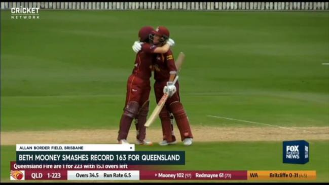 Beth Mooney smashes record innings against WA