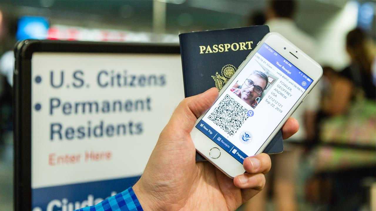 The Free App to Breeze Through Airport Customs