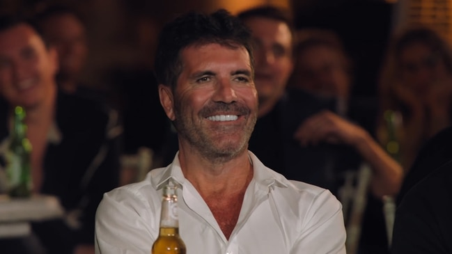 Simon Cowell's new look stuns TV audiences (The X Factor UK)