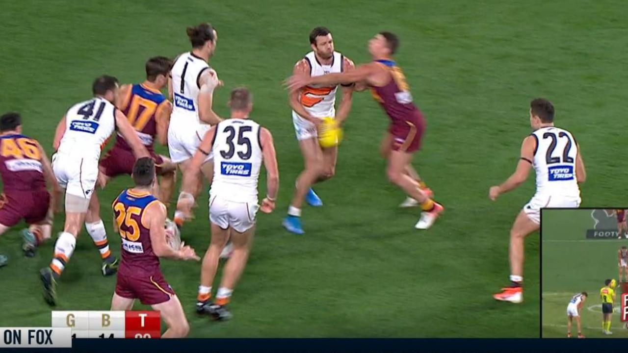 'One of the great throws of the season' set up GWS' match-winning goal against Brisbane