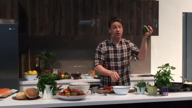Chef Jamie Oliver cooks up a feast at the Royal Easter Show.