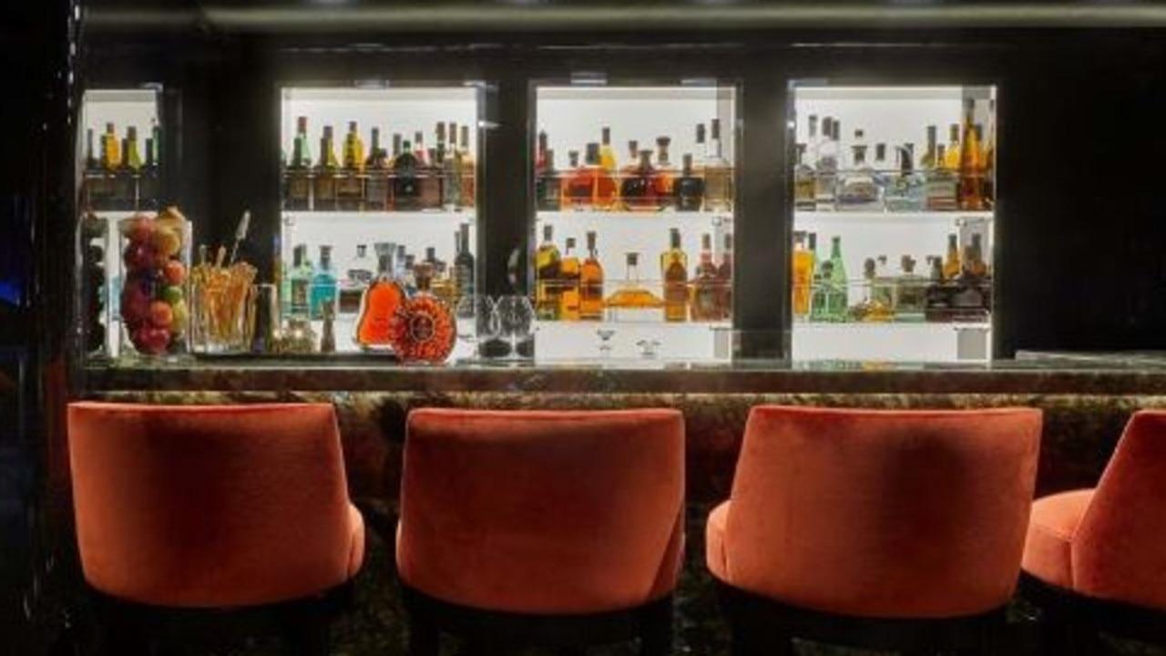 The bar. Source: Burgess.