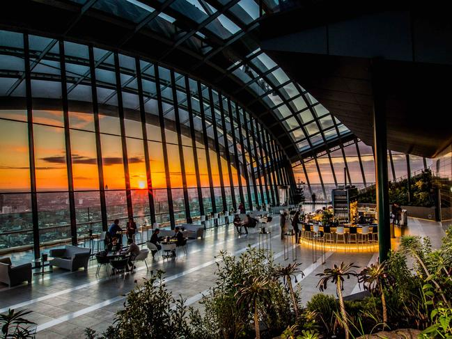GO UP TO THE SKY GARDEN For one of the best views of the city, head to the Sky Garden, a glass-domed indoor garden 155m high in the Walkie Talkie building, or 20 Fenchurch Street, which also has a lovely bar. It's free, but you need to book a ticket.