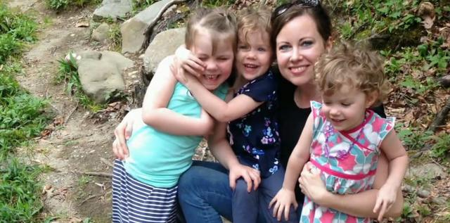 2016-09-27 12_40_46-Anti-Vaxxer Mom Changes Mind After Her Three Kids Fall Ill - ABC News
