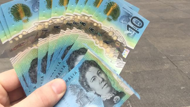 Testing the new $10 notes