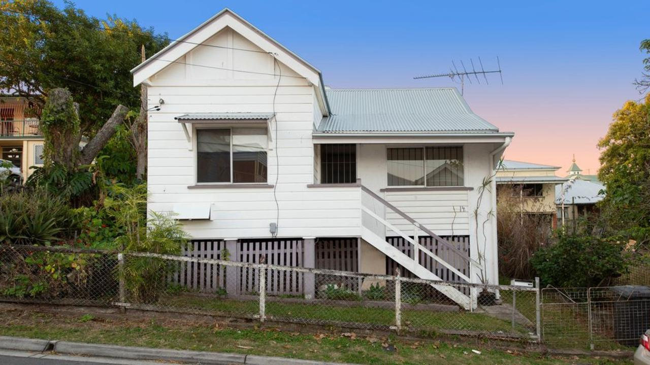 One of the two houses on 11 Peterson St, Woolloongabba.
