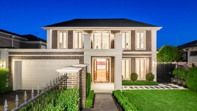 38 Clota Ave, Box Hill, sold on Christmas Eve to a migrating family for $2.366 million. No wonder first home buyers are struggling to get into the market.