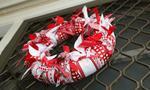 No-sew Christmas ribbon wreath