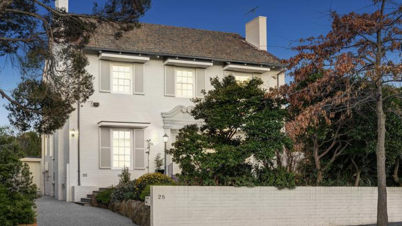 25 Fortuna Ave, Balwyn North, will be auctioned online.