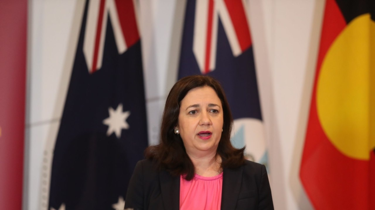 Palaszczuk takes aim at federal ministers as Qld records zero new cases of coronavirus