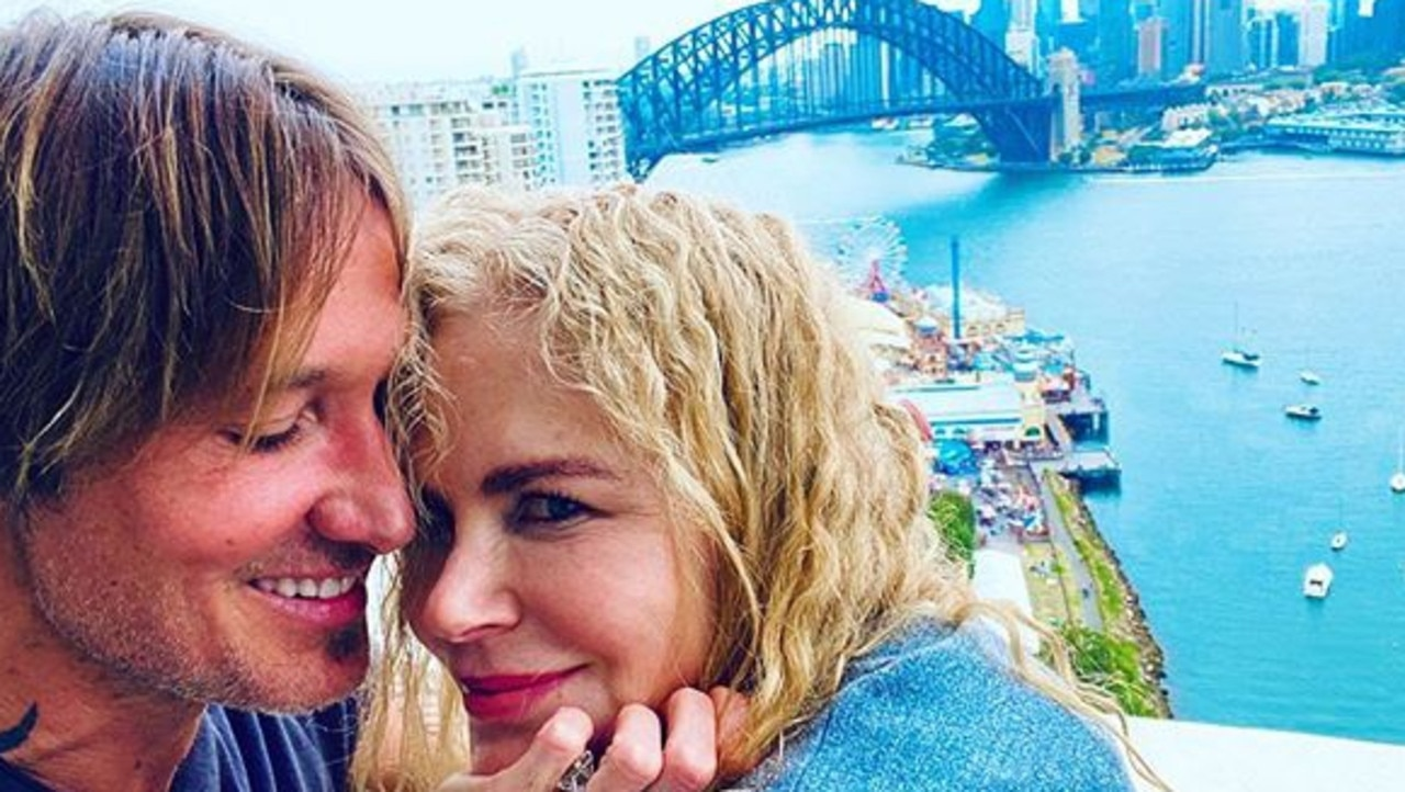 Nicole Kidman and Keith Urban hanging out in Milsons Point.