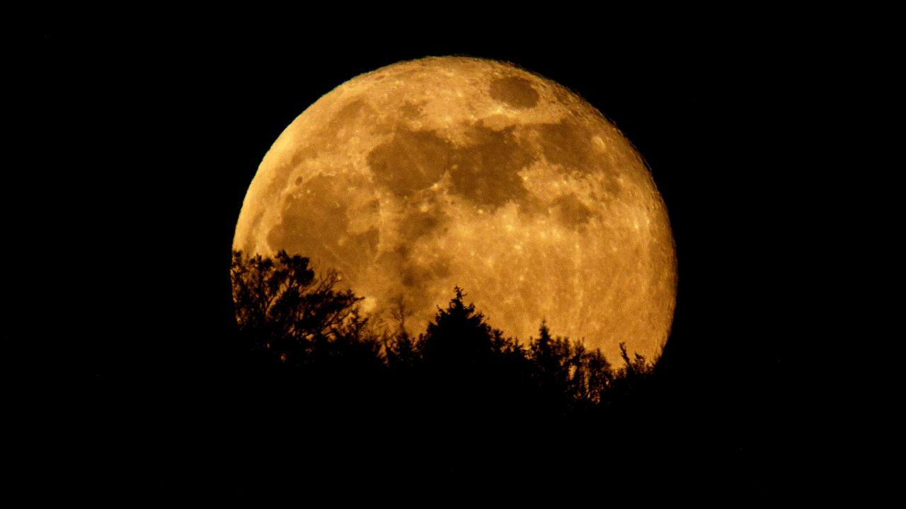 The supermoon on March 26 will be the second and final supermoon of this year. Picture: Matthias Hangst/Getty Images