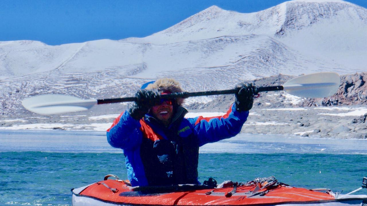 Australian Dan Bull has broken a world record for kayaking at high altitude.
