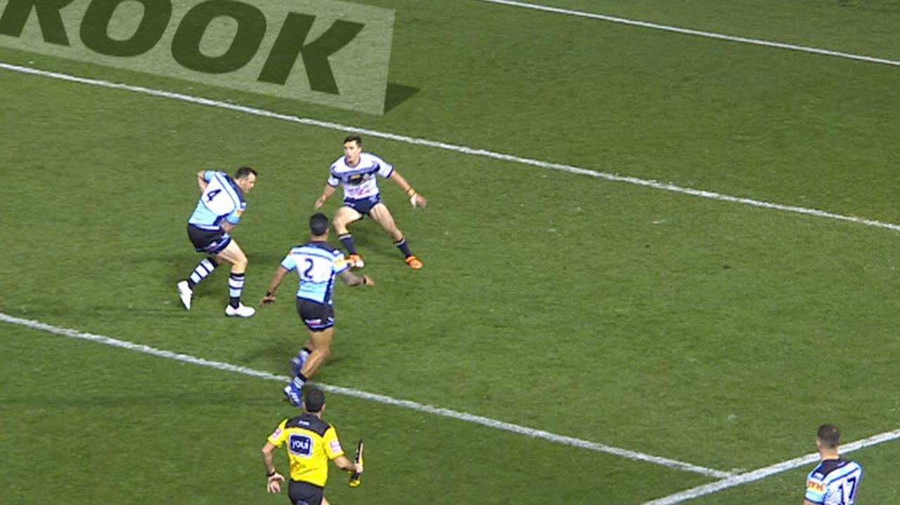 Josh Morris fails to put his winger away