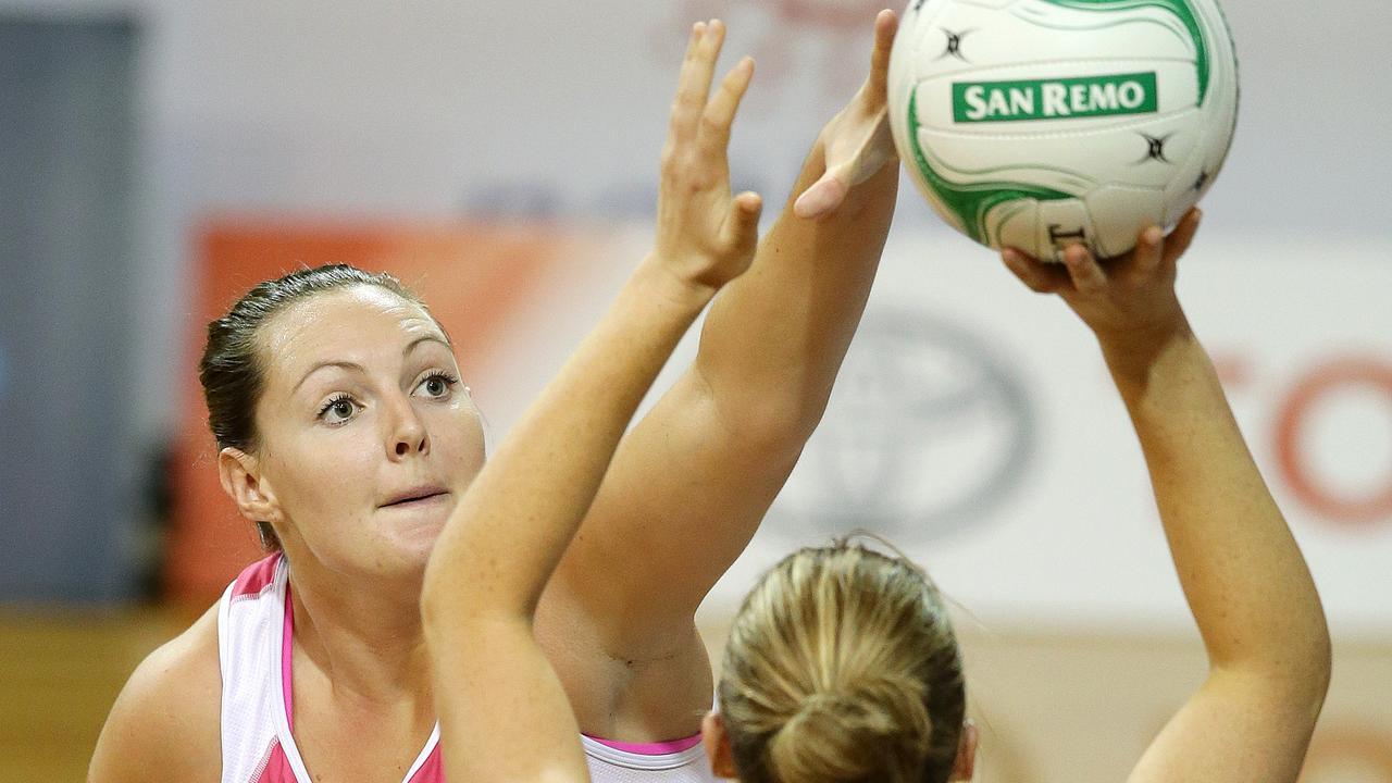 NETBALL - The Adelaide Thunderbirds v Sydney Swifts at Netball SA. Sam Poolman and Susan Pratley. PIC SARAH REED.