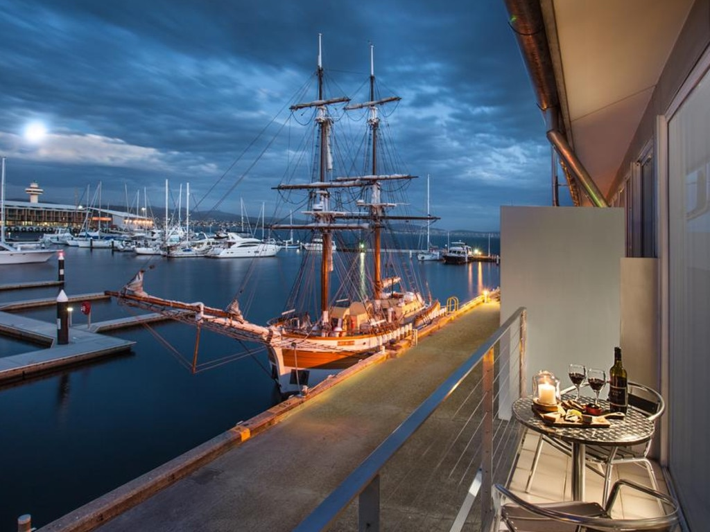 Somerset on the Pier in Hobart is the perfect staycation spot.