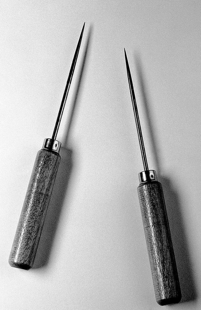 Watts-Freeman's lobotomy instruments. Credit: Wellcome Library, London.