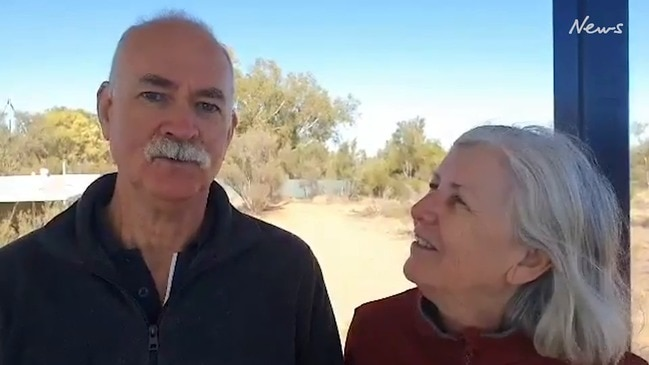 Donna Ballinger and David Booth thank Alice Springs locals for their help