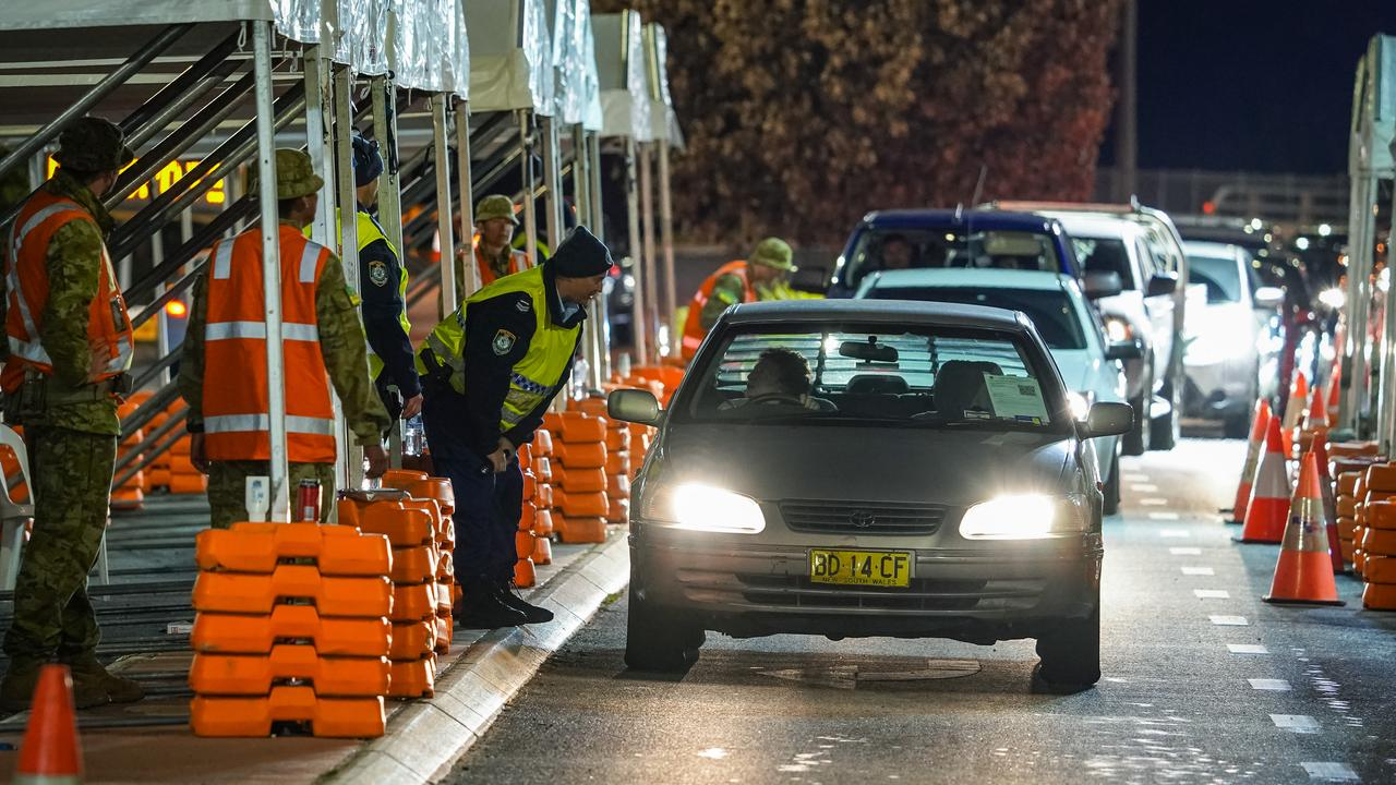 NSW introduced a hard border with Victoria for the first time in 100 years. Picture: NCA NewsWire/Simon Dallinger