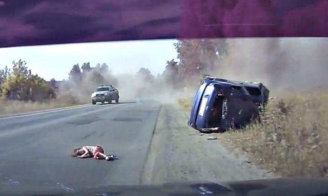2016-07-13 12_00_40-LiveLeak.com - The child flew off the car during a terrible accident (comments)