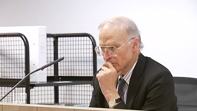 Former High Court Justice Dyson Heydon allegedly sexually harassed six women (9 News)