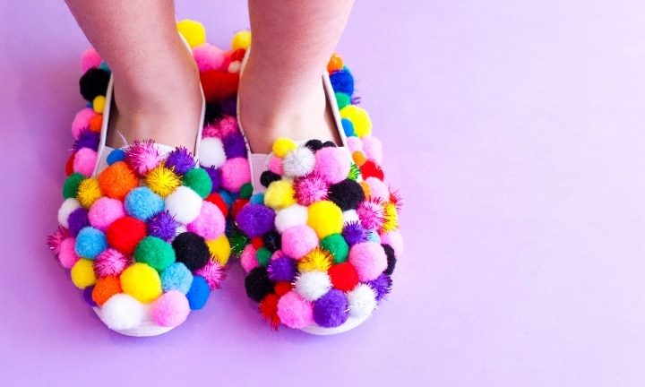 How to make pom-pom shoes