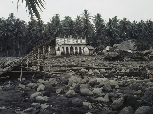 After the eruption of Mount Agung volcano in Bali, March 26, 1963.