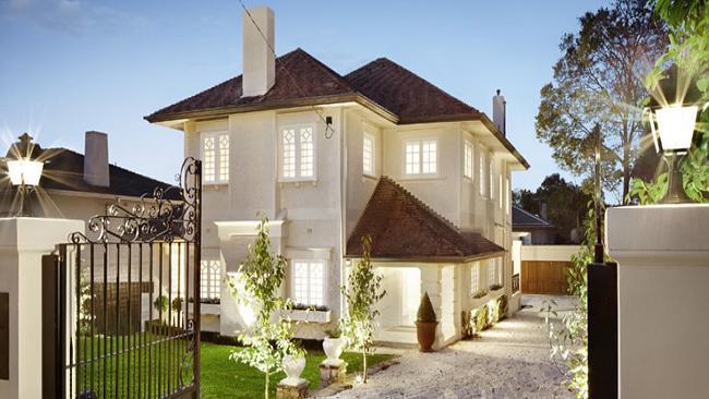 Tania Hird selling Toorak house