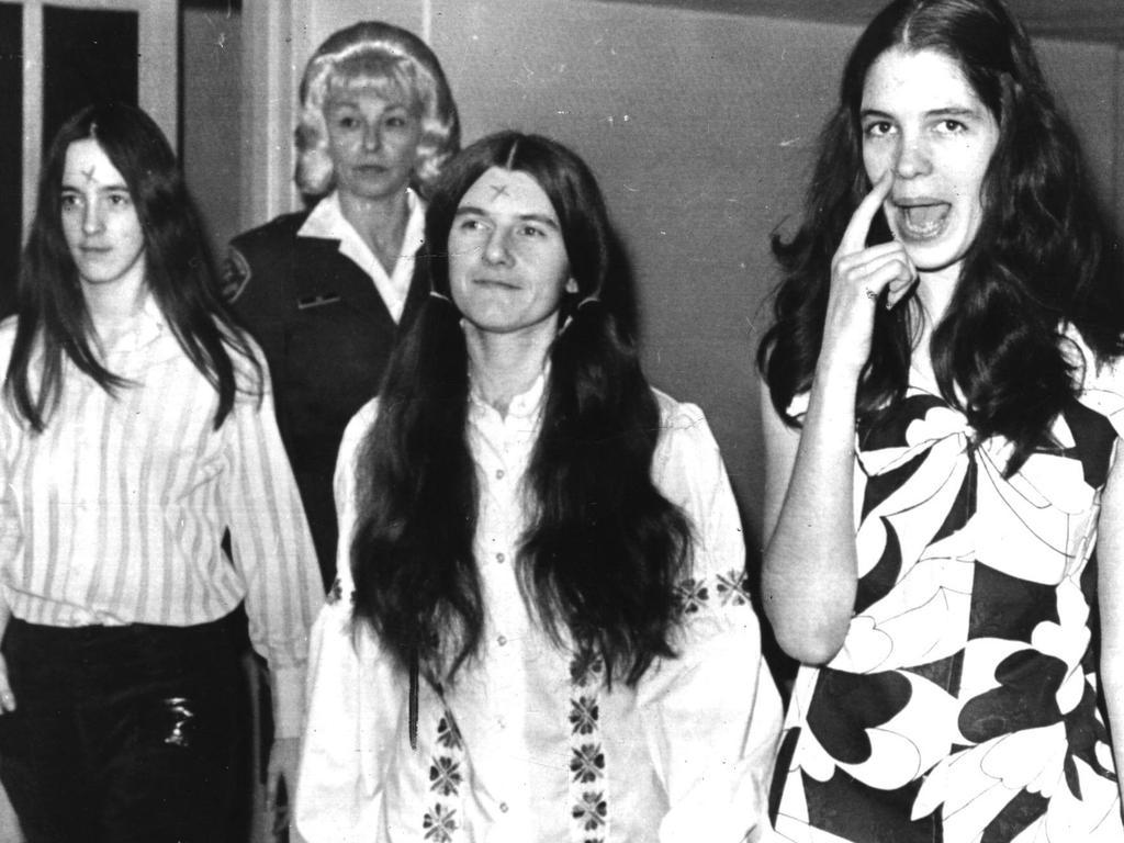 Patricia Wrenwinkel, Susanne Denise Atkins, and Leslie Van Houten arrive in court in 1971. Picture: United Press International