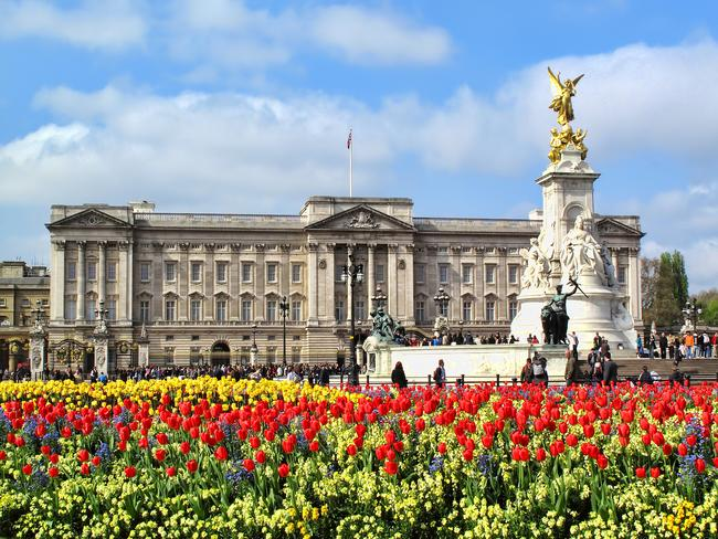 39. BUCKINGHAM PALACE, LONDON, ENGLAND You've binge watched The Crown, now see for yourself where Queen Lizzy lives. There's not many active palaces still left in the world, and London's Buckingham Palace is one of them. Time your visit to see the spectacle that is the Changing Of The Guard.