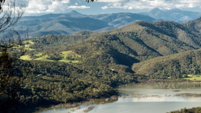 2/15Candlebark Campground, Lake Eildon Right on the shores of Lake Eildon is the idyllic Candlebark Campground, perfect for families and touring motorhomes, wake to the sounds of Kookaburras and Rosellas in the campground's shady canopy. From $43.80 per site