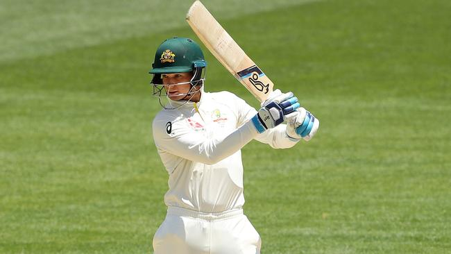 Peter Handscomb in action during the second Test against England.