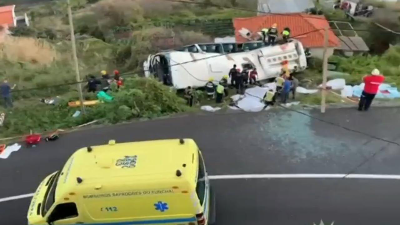 Tourist bus rolls in Portugal, killing 28 on board
