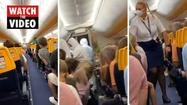 Moment flyer with COVID dramatically kicked off flight