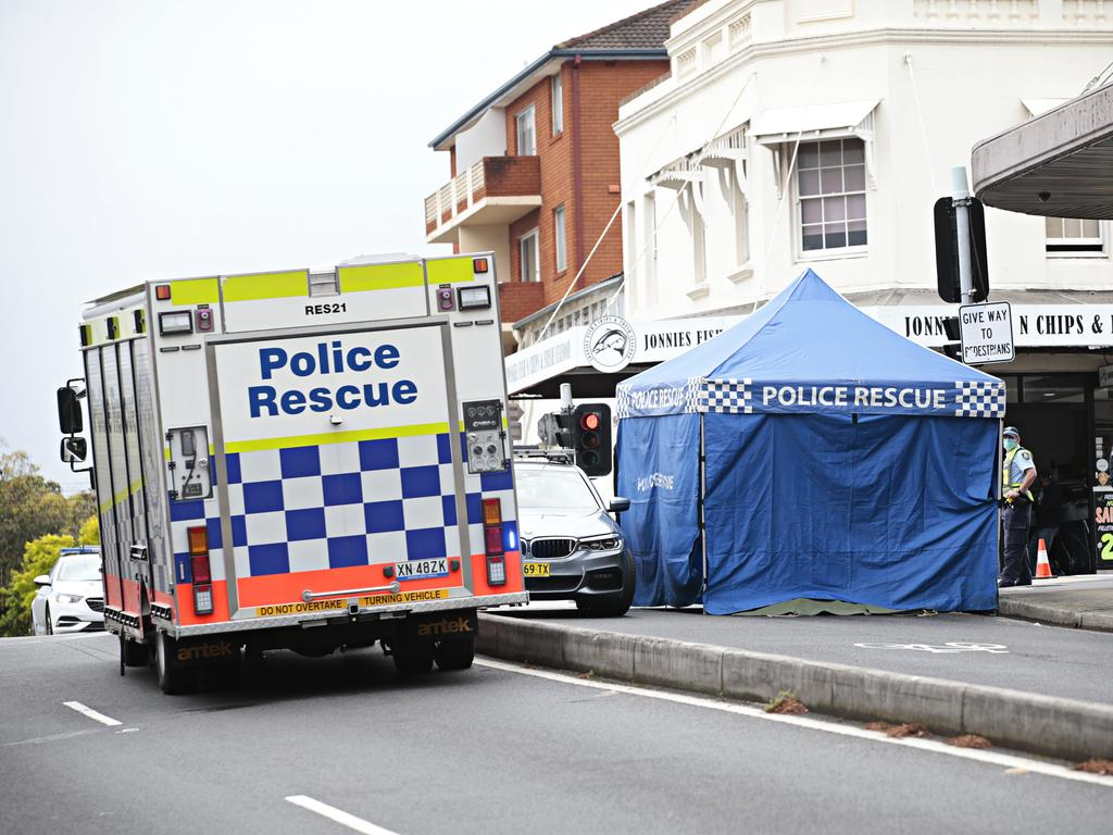 Bystanders attempted to help before three ambulance crews and a specialist medical team arrived. Picture: Adam Yip / NCA NewsWire
