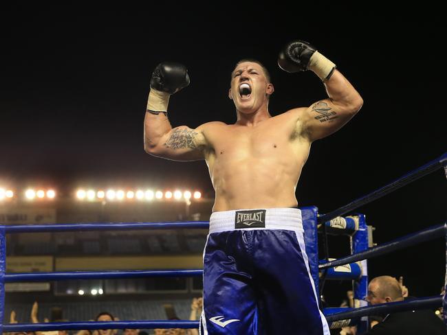 Paul Gallen wins his fight against Ryan Carr-Ketu
