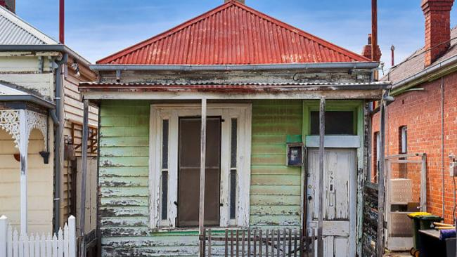 This house was described as a 'charming Edwardian weatherboard'.