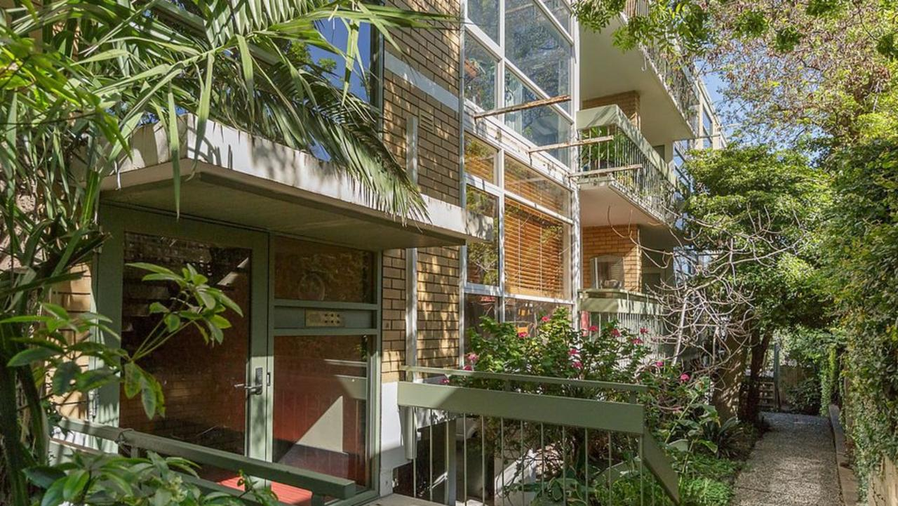 2/51 Marne St, South Yarra was a strong auction seller this weekend.