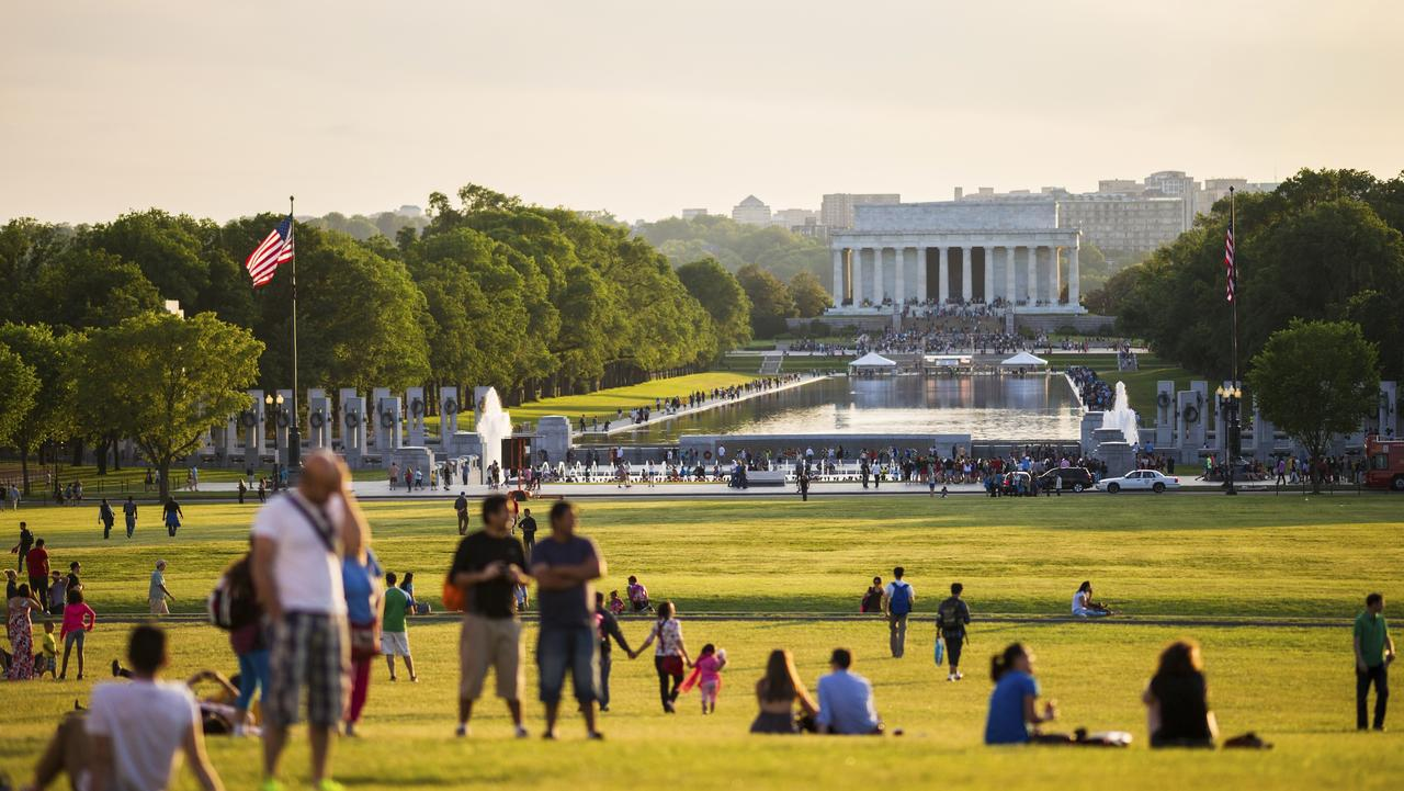 Lincoln Memorial and Reflecting Pool in Washington, D.C.