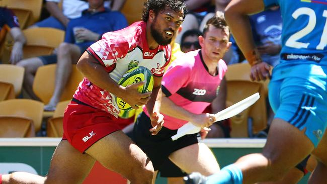 Karmichael Hunt showed flashes of class at the Brisbane tens that has been conspicuous by its absence in recent seasons.