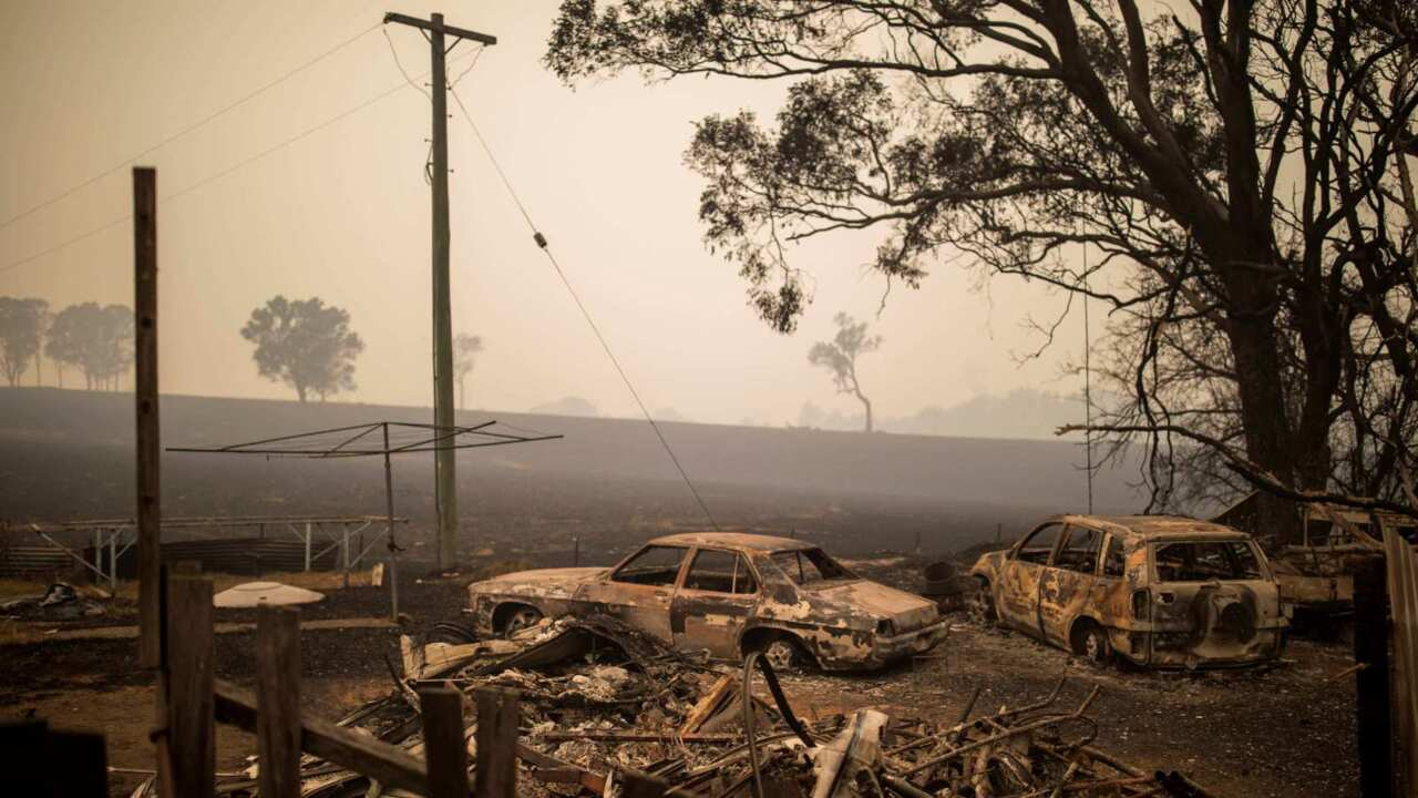 State of Emergency to be declared in NSW as 'very difficult' bushfire conditions forecast