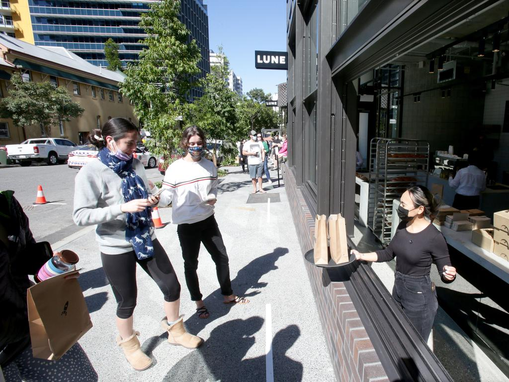 Hundreds of people queued for a bite of Lune Croissanterie on Thursday amid the Brisbane lockdown. Picture: Steve Pohlner